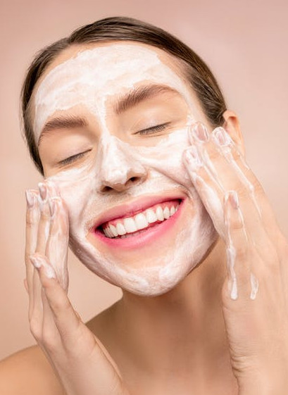 Beauty tips for a beauty mom - washing your face