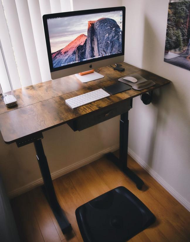 Adjustable Desk | Your Casa Concept