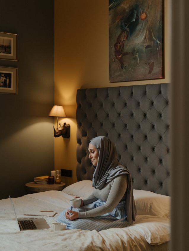 Sconces in bedroom | Your Casa Concept