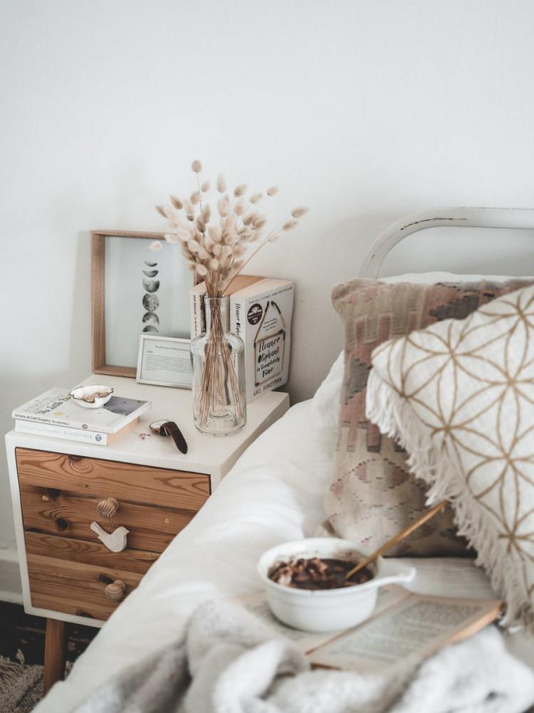 Accessorize with warm textiles | Your Casa Concept