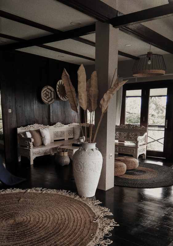 Using wood on ceiling | Your Casa Concept