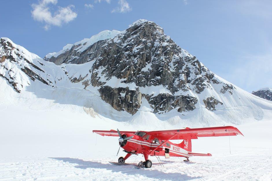 plane park on snow
