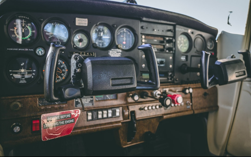 cockpit of Cessna