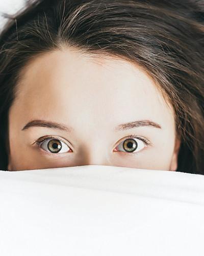 How does alcohol affect sleep ?