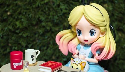 Alice in Wonderland and Goals