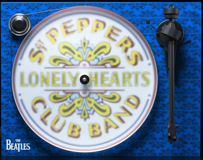 Essential III Sgt. Pepper Turntable
