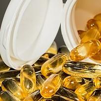 vitamin deficiency symptoms in adults