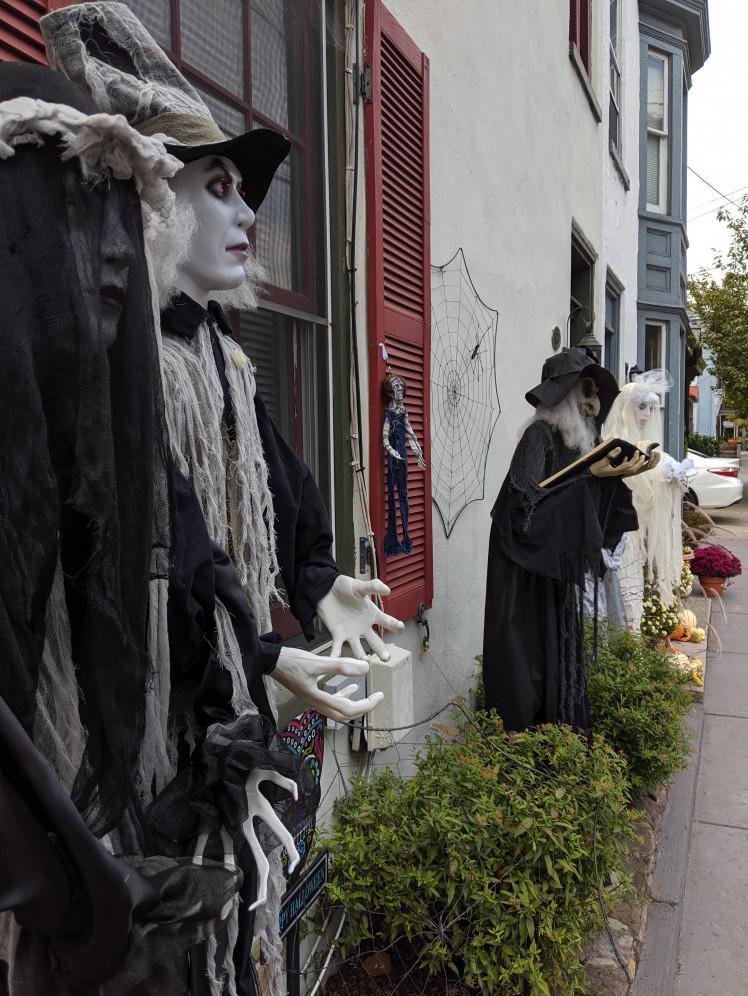 Welcoming Ghouls