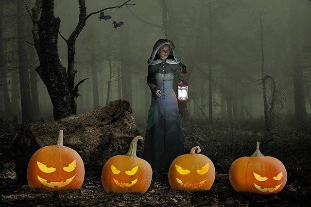 Jack-o-lanterns and Fog