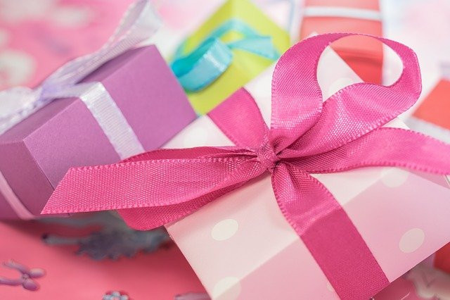 JV Giveaway Events are the gift that feeds your list building- image of gifts