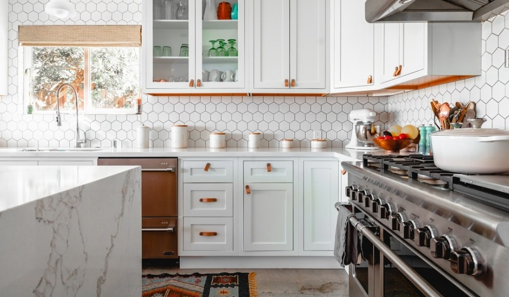 image of a beautiful kitchen