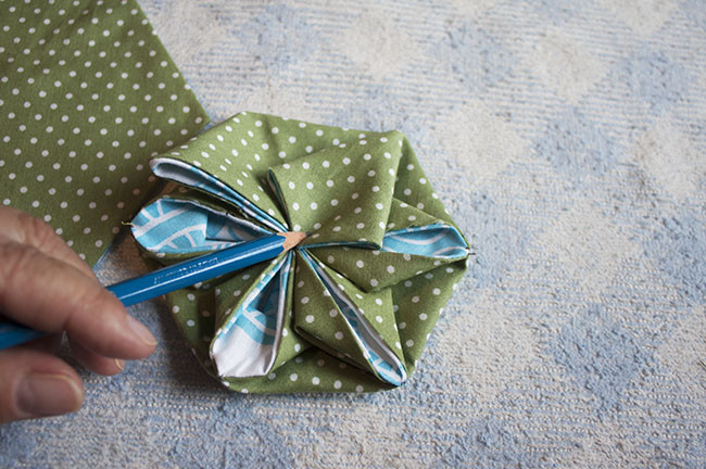Fabric Flower Needle Book Tutorial