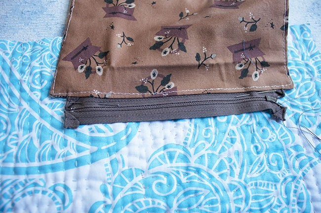 Sew A Zipper Pocket