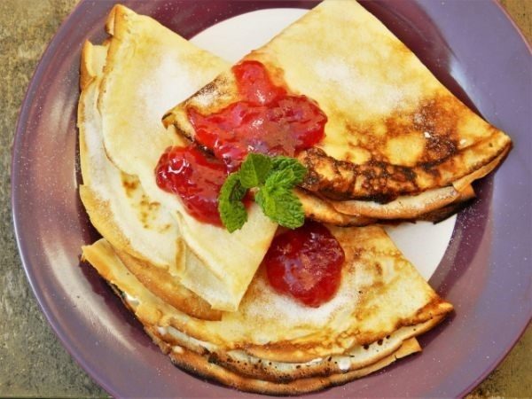 Cream Cheese Filling Crepes Recipe-With Raspberry Jam