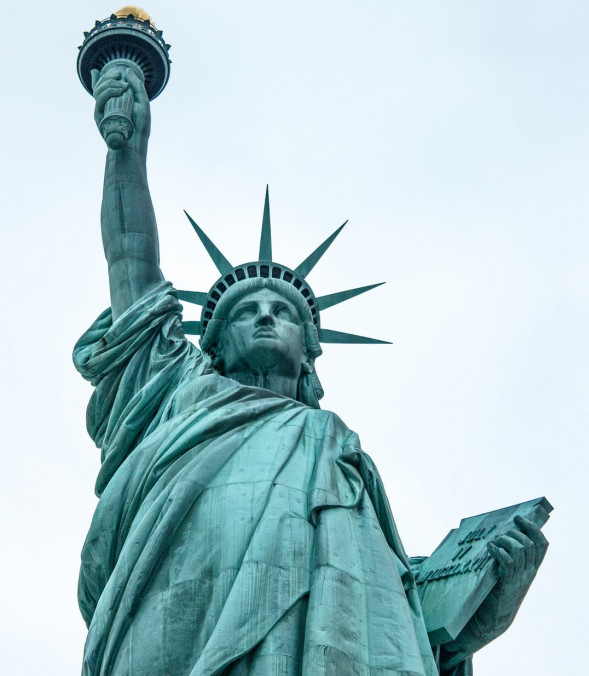 Statute of liberty to show indeoendece