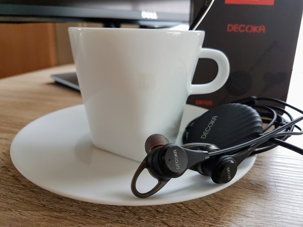 Decoka DK100 Active Noise Cancelling Earbuds