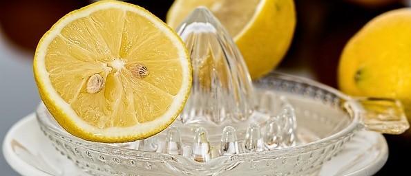 homemade detox tea lemon