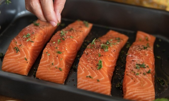 Best Natural weight loss foods salmon