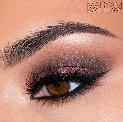 Motives Mavens Eye Look