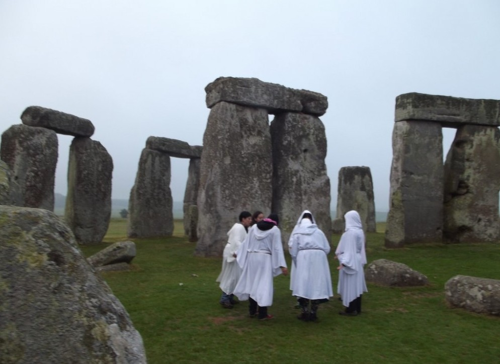 Stonehenge sunrise ceremony