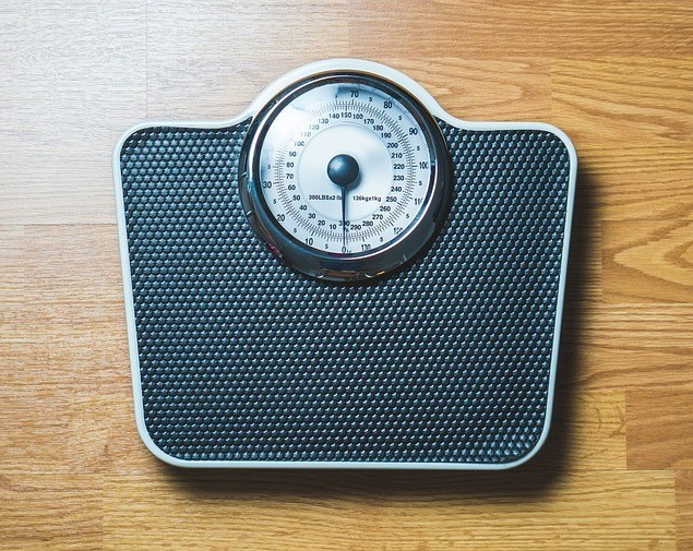 A scale for weight loss management