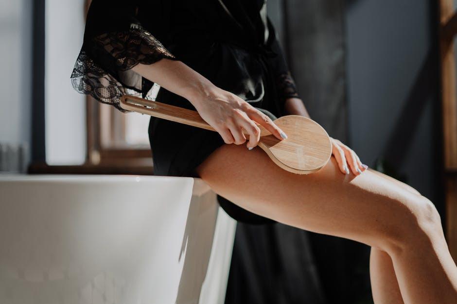 cellulite brushing