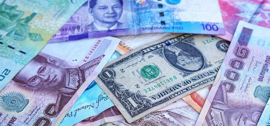 How to Earn Money Blogging In WordPress? | Rolling In Dough