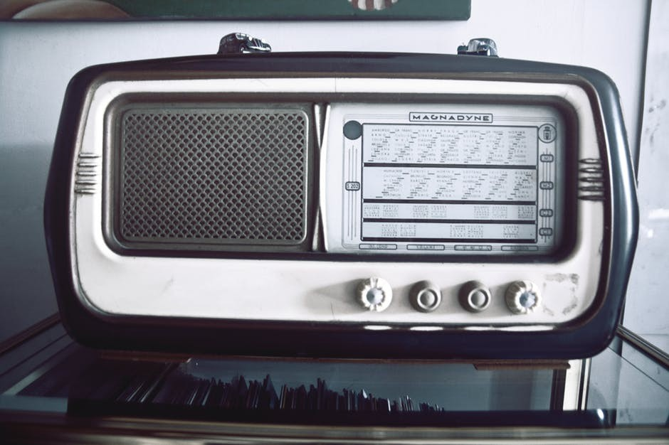 radio ads compliment traditional marketing