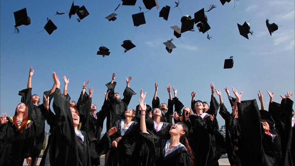 Best Way to Pay Off Student Loans is with Wealthy Affiliate