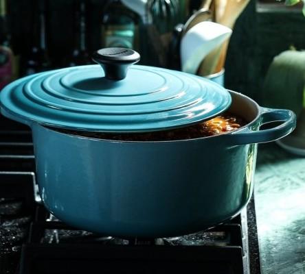 large blue pot with lid