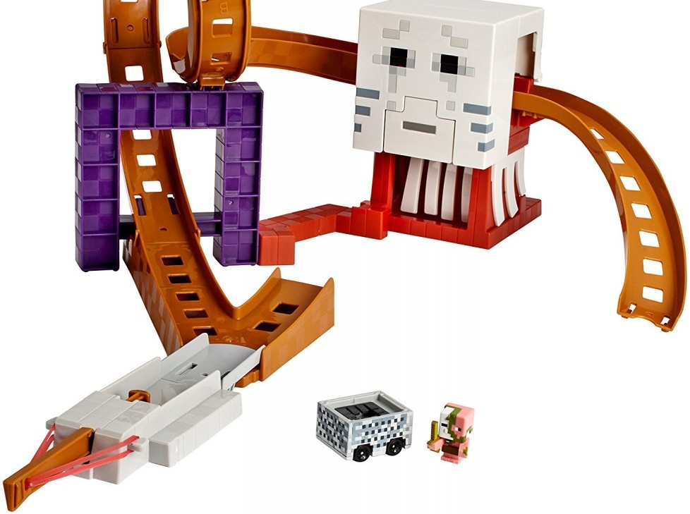 Hot Wheels Minecraft Ghast Attack Track Set by Hot Wheels