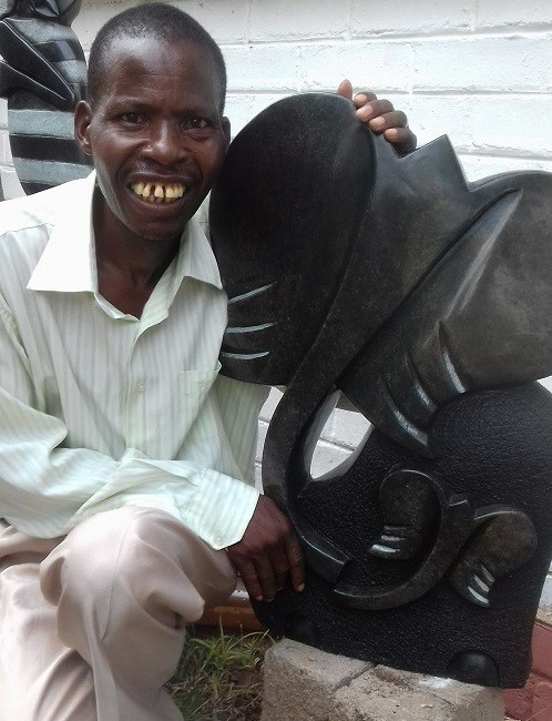 Lovemore Mawire Artist in Vic Falls