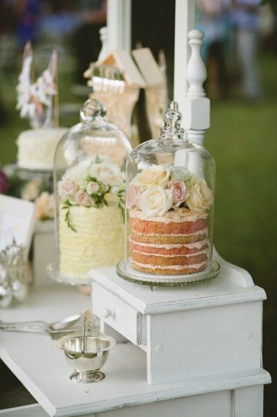 Rustic Naked Cakes should be coverd