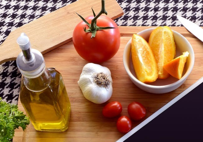 The flavor is superior. It is best to use this oil uncooked to appreciate the flavor. We can drink this type of oil directly or use it as a salad mix. EVOO health benefits
