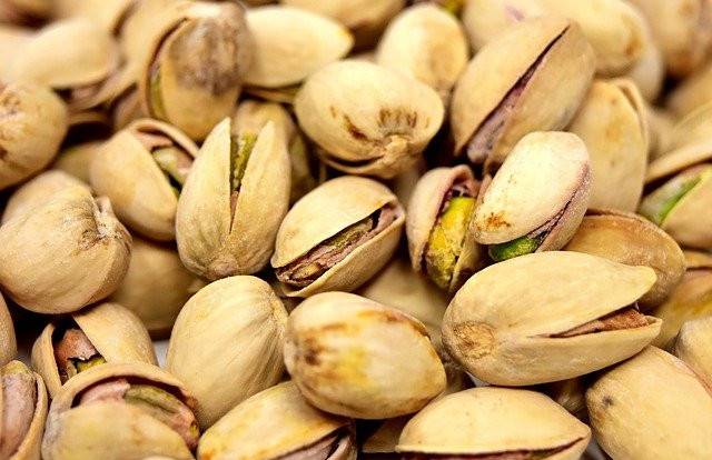 Pistachios have the strongest effect of all nuts tested for reducing systolic and diastolic blood pressure. Nuts to reduce heart disease riks