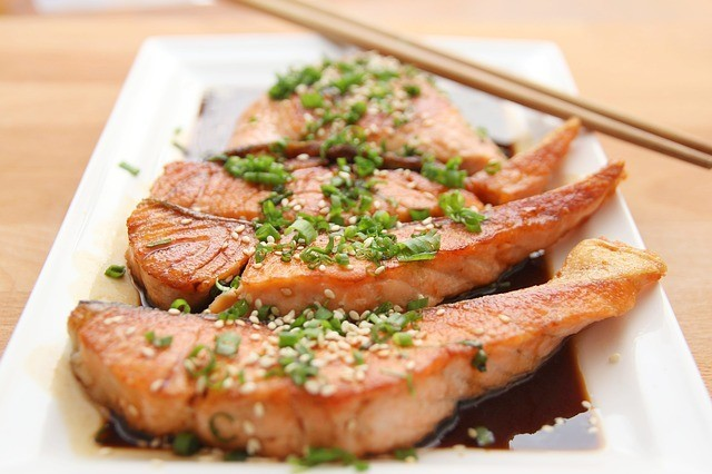 Among the different types of fish, you should eat salmon. This has the highest amounts of Omega-3. Salmon also contains astaxanthin. Best foods for skin
