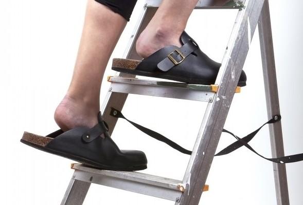 improper footwear on ladder