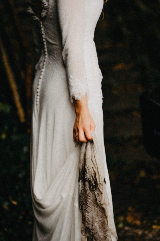 Muddy Bride Prompt