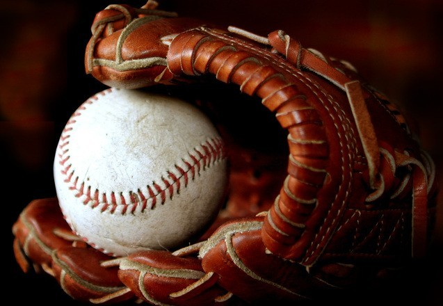 glove and ball pic