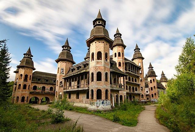 Lapalice Castle Poland