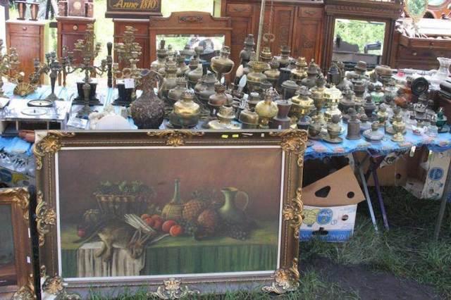 Kiermusy Antique Market