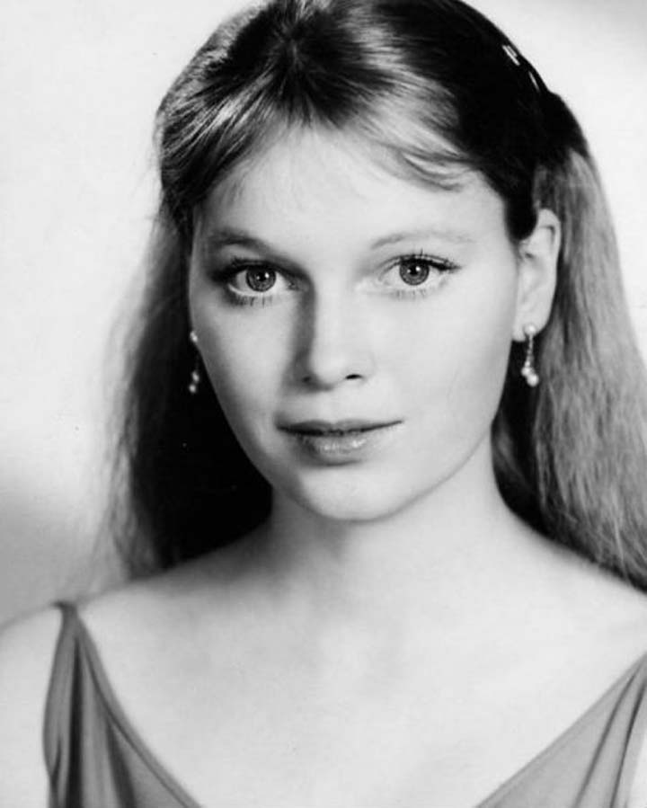 Iconic Wedding Dresses: Mia Farrow