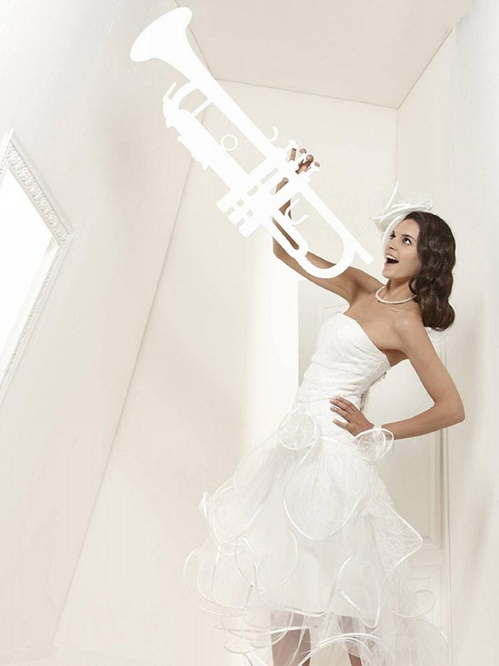 Featured wedding dress designer suzanne ermann the for Amazon designer wedding dresses