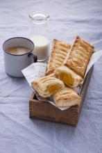 Wewalka - Mango Puff Pastry Pockets