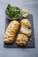 Wewalka - Salmon Fillet in Puff Pastry