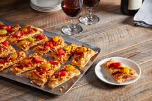 Wewalka - Red Pepper Hummus Flatbread