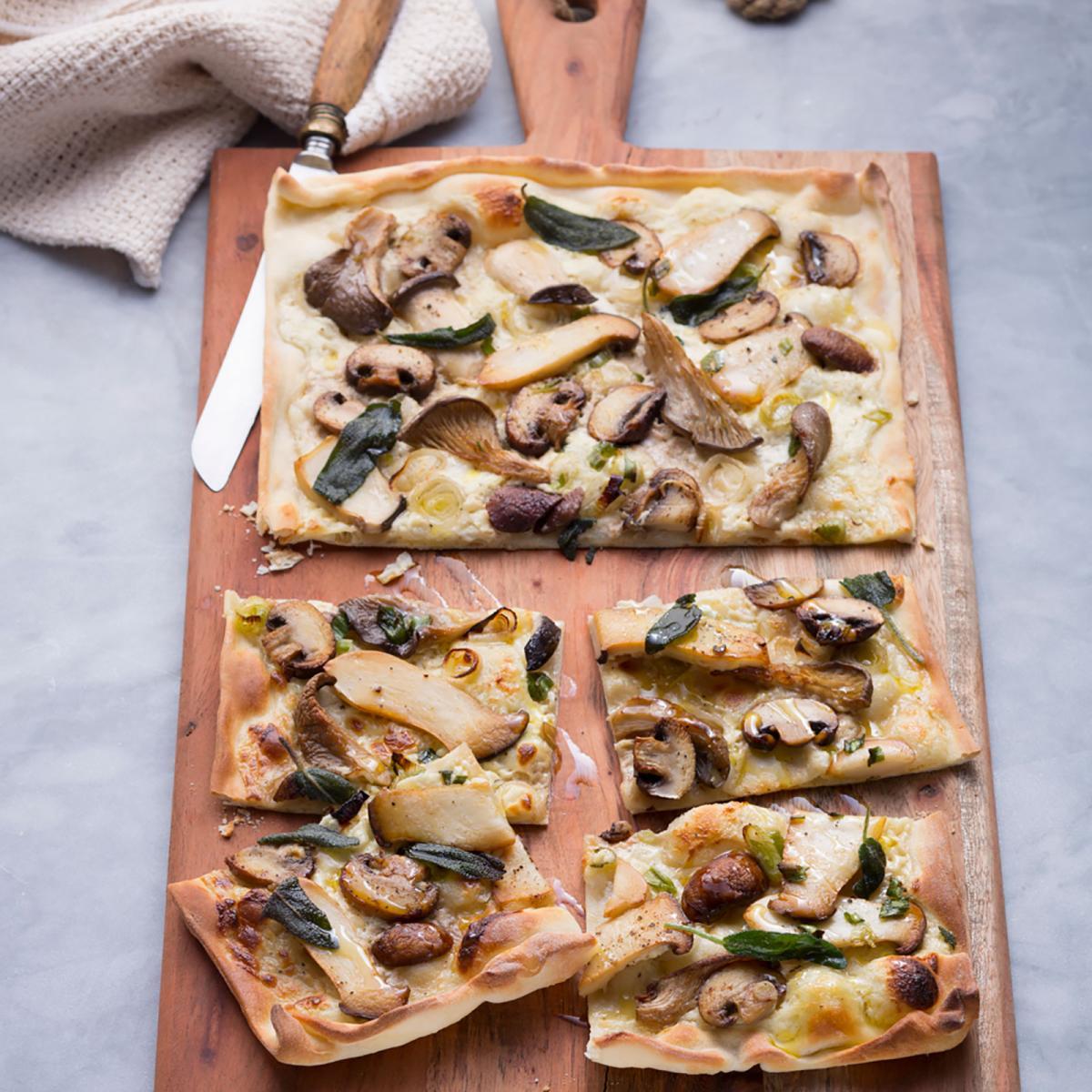 Wewalka Recipe - Mushroom Flatbread