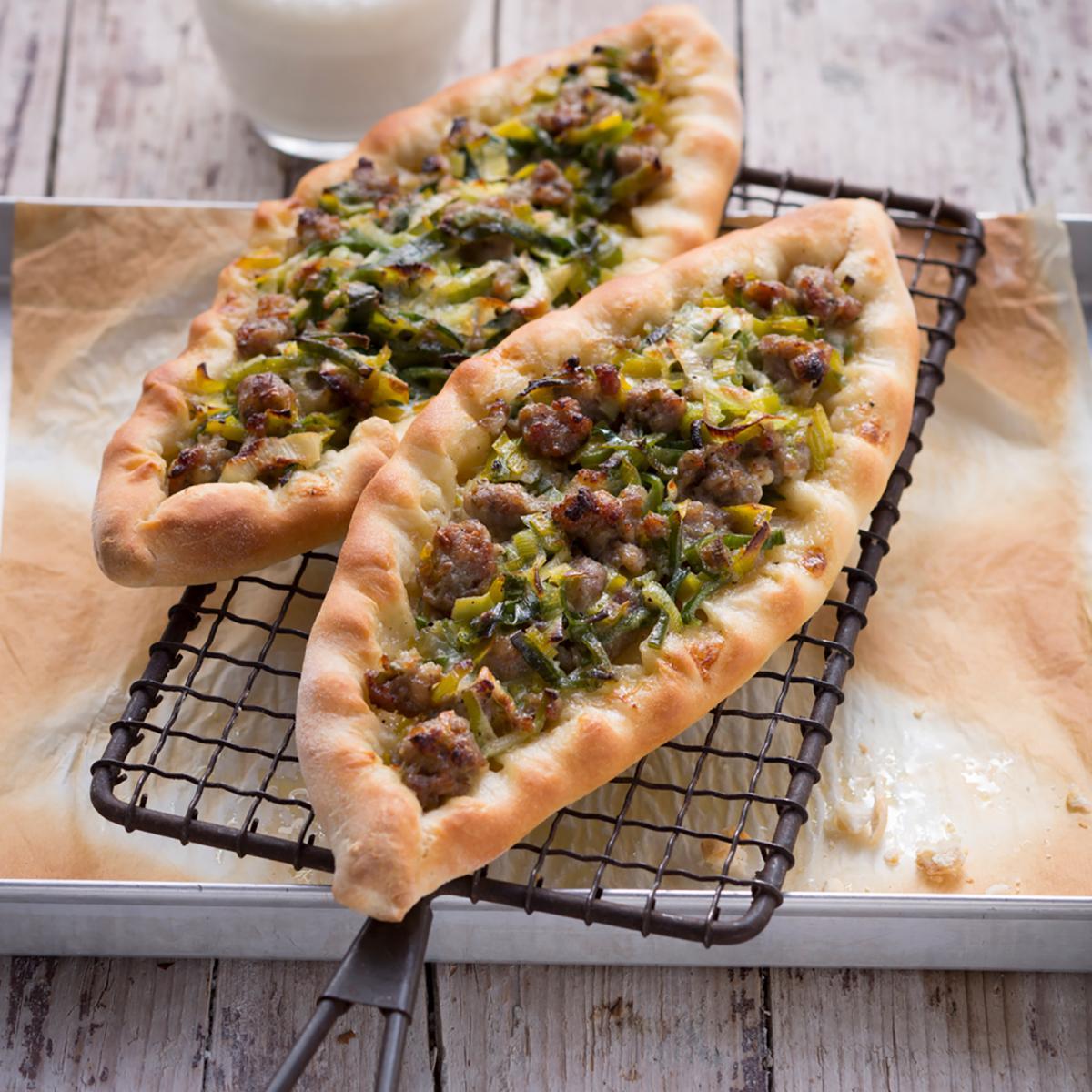 Wewalka Recipe - Leek & Sausage Pide