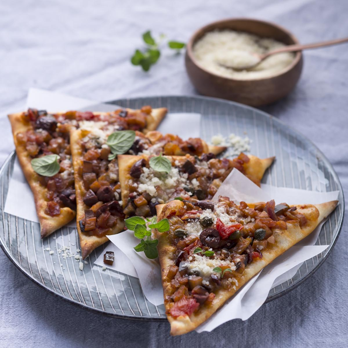 Wewalka Recipe - Sicilian Pizza Triangles