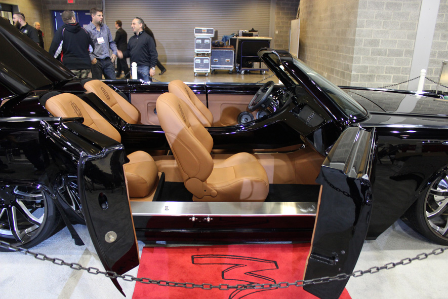 Vancouver International Auto Show Hosts Million Dollar Classic Lincoln